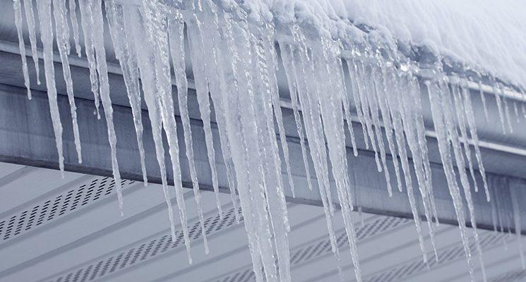 Vinter, is på tak